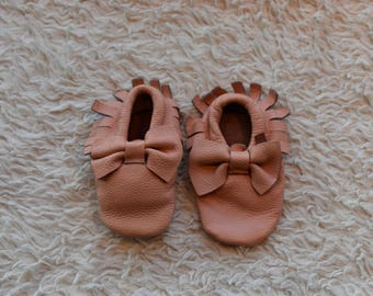 Discounted Baby Moccasins, baby moccasins, Moccasins, Toddler Moccasins, Blush Pink , Leather Baby Moccasins Bow, Pink