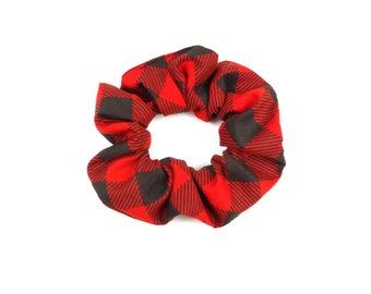 Scrunchie  cotton - buffalo red and black plaid, lumberjack