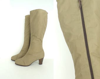 Vintage Tan Fleece Lined Boots Size 9. Tan Boots, Knee High Boots, Winter Boots, Water Resistant Boots, Zip Up Boots, Heeled Boots, Tan