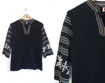 Lightweight Nordic Sweater. 70s Black Tan Pullover Knit Top, Acrylic Tunic Sweater Top, 3/4 Sleeve Casual Sweater, 1970s Minimalist Boho