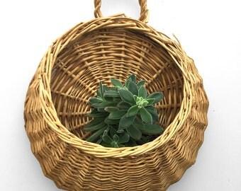 Pocket Style Decorative Wall Basket