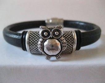 Black & Silver Regaliz Leather Bracelet