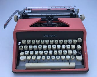 Candy Pink Olympia SM7 working typewriter - beautiful machine!