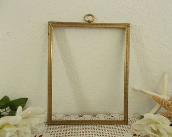 Vintage Ornate Gold Metal Picture Frame 8 x 10 Photo Decoration Mid Century Hollywood Regency Rustic Shabby Chic Country Cottage Home Decor