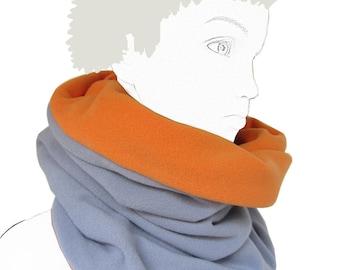 Neck scarf 6 / 10 has two-tone grey fleece and orange Snooki