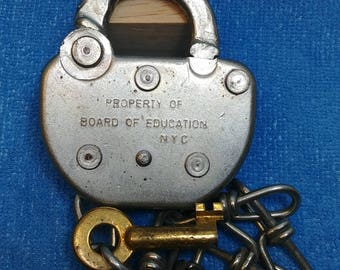 Property of Board of Education NYC Padlock With Chain & Working Key