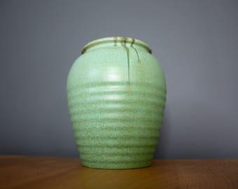 Stunning Vintage Green Art Pottery Vase 30s 40s 50s
