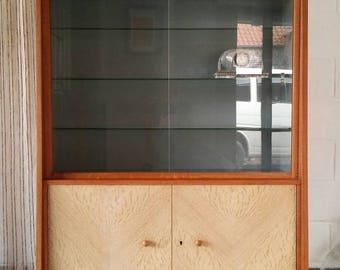 Armoire.vitrine buffet. Kitchen. Row. Entry, living room. Deco.vintage.retro.Annees 60. Solid oak. Mid century design. Dutch