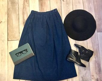 Small vintage 10 Calvin Klein denim skirt