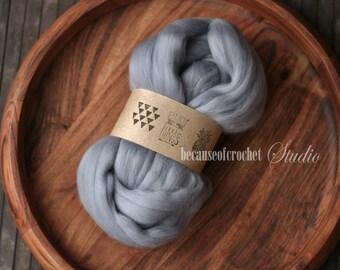 2,5 oz (70gr) Merino Wool Roving Melange Multicolor for Felting, Weaving, Spinning. Large Basket Stuffer Merino wool. Newborn photo prop.