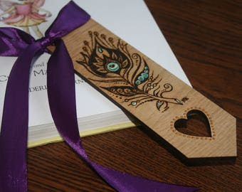 pyrography wooden bookmark, decorated bookmark, woodburnt oak bookmark, peacock feather design