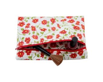 Pouch / makeup / red flowers fabric