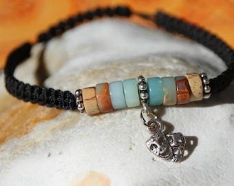 Bracelet with serpentine beads shamballla