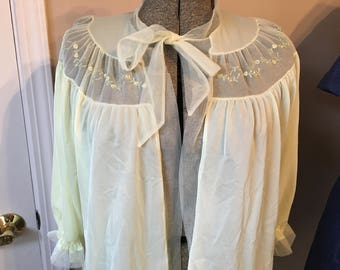 Vintage Nightgown/Negligee Bed Jacket Cape/Cover-Up Size M