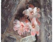 Vintage Flamingo Feather Flower Brooch, 1950s Flamingo Lapel Pin, Vintage Bridal Boutoniirère, Fifties Bride