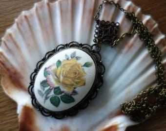 Old & New Necklace * Yellow rose *-necklace, Art Nouveau, age cabochon, 60s, Vintagelook