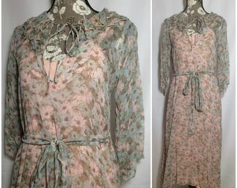 Vintage 1980s Does 1940s Sheer Floral Dress // M-L-XL