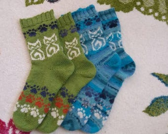 Cats & Paws Socks for adult and teen sizes in wool