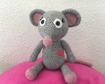 The small TILI mouse crochet