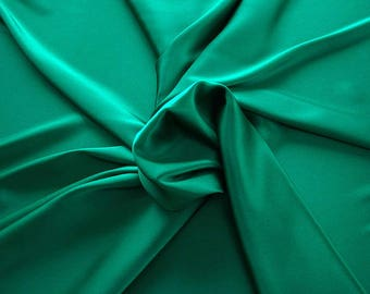 1713-082-Natural Silk crepe Satin, 97%, 6% lycra, width 135/140 cm, made in Italy, dry cleaning, weight 100 gr, Elastico