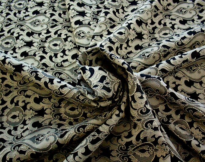 990071-201 Brocade-95% PL, 5% PA, width 130 cm, made in Italy, dry cleaning, weight 205 gr