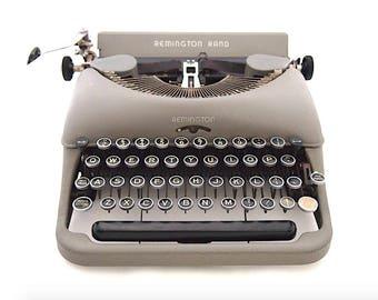 Remington Rand typewriter, Remington ''Streamlined'', 1950's, working typewriter, old typewriter, vintage, portable typewriter.