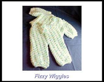 2 piece Baby set/newborn-3mo/blue/green/white/handmade/crocheted/soft baby yarn/shower gift/gift/baby/new mom/baby boy gift/baby girl gift/
