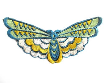 Butterfly applique 1930s Embroidery Vintage Patch Sewing Supply Crazy quilt.  #6A8G43KB