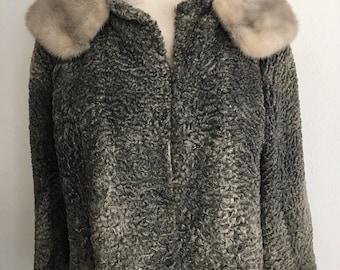 Amazing Short Vintage Gray Karakul  Coat With Big Fluffy Mink Collar Woman Size Small .