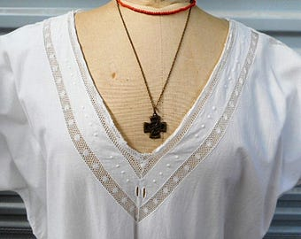 French Vintage Linen Metis Nightgown (C711)