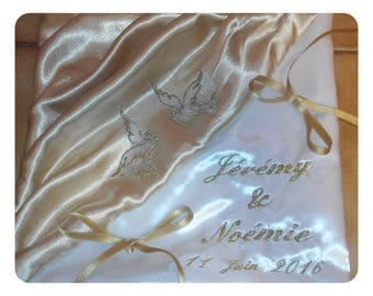 ring bearer pillow embroidered in gold with Dove