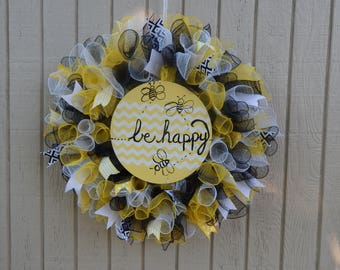 Mesh Wreath, Summer wreath, spring mesh wreath, Bee Wreath,  be happy