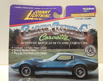 JOHNNY LIGHTNING CORVETTE Mako Shark 2
