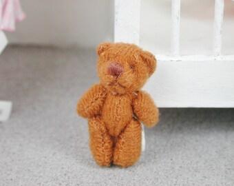 Teddy in the Farb Braun for the doll, the Dollhouse, miniature dollhouse miniatures