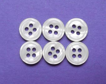 6 round buttons vintage ecru acrylic 10 mm