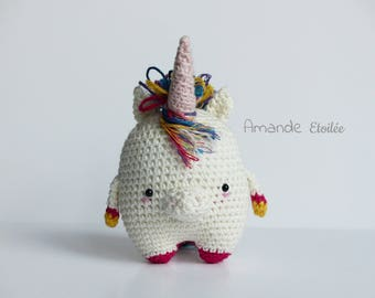 to order - Astride, cute little Unicorn to adopt - Crochet - dream - spring