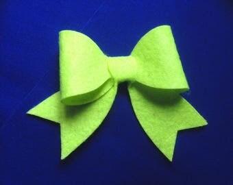 Cut knot (9 x 7 cm approx.) Neon yellow (set of 3) felt