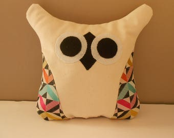 "LITTLE OWL decorative pillow ""Blankie"" for child"