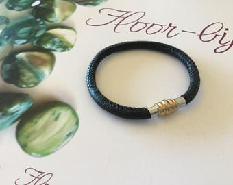 Bracelet leather cord synthetic Black flexible clasp magnetic men and women