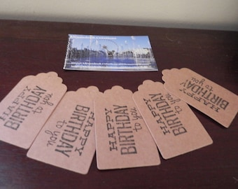 """KRAFT tags: 5 labels 7 x 4 cm with the inscription """"HAPPY BIRTHDAY TO YOU"""""""