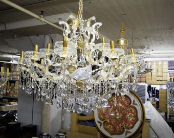 BEAUTIFUL!! 18 Lights Genuine Crystal Chandelier