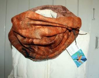 Nuno felt scarf loop