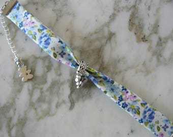 Romantic bracelet in silver metal and fabric