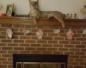 Vintage cutter quilt Christmas garland