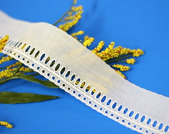Embroidered Cotton Swiss, perfect for heirloom sewing, cotton eyelet, doll dresses, christening gowns, white lace, hallow-out lace.(LC40041)
