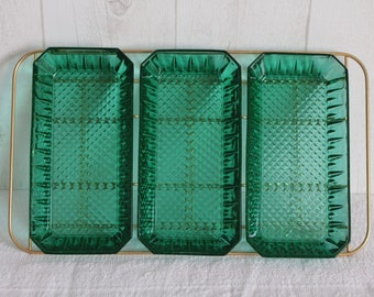 Appetizer smoked green glass and gold metal tray. From the 60s. France.