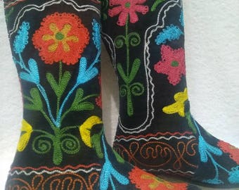 Suzani boots..Hand made Colorfull...Every size is possible