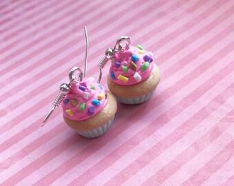 Cupcake earrings polymer clay, miniature food, food jewelry, fake food earings, cupcake jewelry