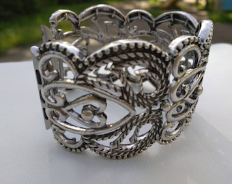 Women's Apple Watch Band 38mm Apple Watch Band Silver Apple iWatch Band 38 mm Women's iWatch Band Bracelet, Series I II Fitted handmade
