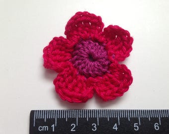 Set of 4 shades of pink crochet flowers